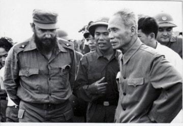 Fidel Castro và thủ tướng Phạm Văn Đồng