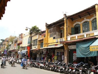 Top 10 tuyến đường đắt nhất Hà Nội