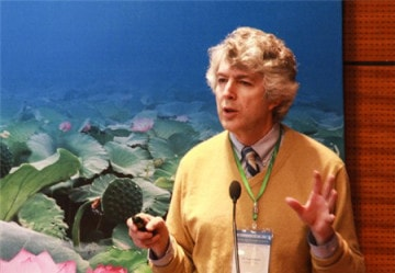 Giáo sư Paul Glewwe đại học Mỹ