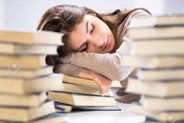 Khốn khổ với kỳ thi hết học kỳ
