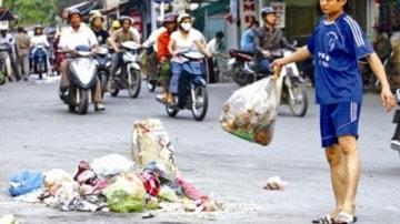 Xử phạt hành vi vất rác bừa bãi